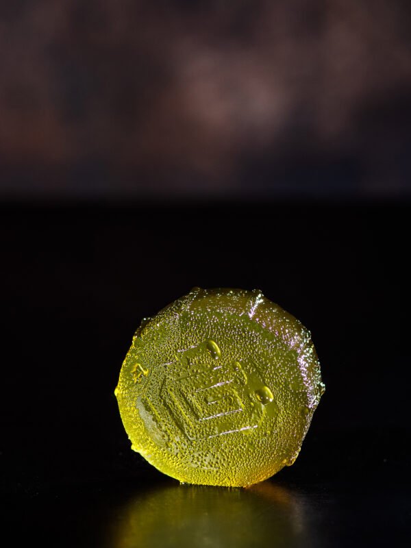 Lunchbox Alchemy Apple squib cannabis gummy Close up